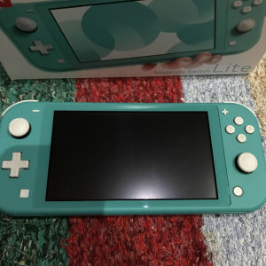 Nintendo switch lite+64gb sd card