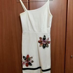 Επώνυμο φόρεμα Forel Μ νούμερο σε τιμή ευκαιρία