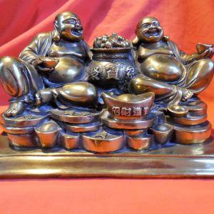 Μπρούτζινο χειροποίητο διπλό άγαλμα fengshui του θεού Βούδα με περίτεχνα σκαλίσματα.