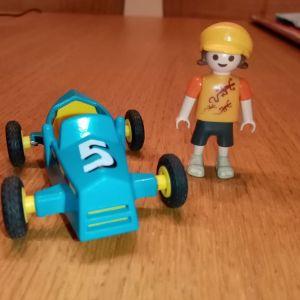 Playmobil παιδάκι με αυτοκινητάκι