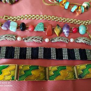 Vintage faux bijoux ανά τεμάχιο.
