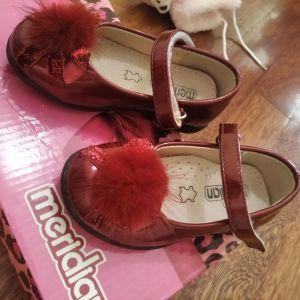 Παπούτσια για κοριτσάκι