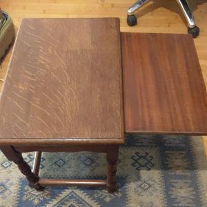 Τραπεζάκι ξύλινο μασιφ με ξύλο επέκτασης (51 x 35x 45 εκ, συν 25-30 εκατοστά με την επέκταση)