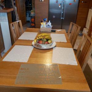 Τραπέζι  κουζίνας με καρεκλες