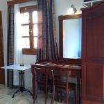 Ενοικιάζεται Γκαρσονιέρα μονόχωρη - στούντιο, στη Σύρο.