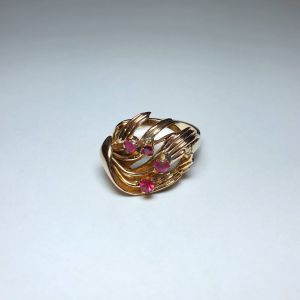 Χρυσό δαχτυλίδι 14Κ με ρουμπίνια, 5.28γρ.