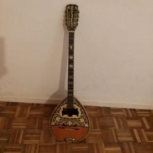 Μπουζούκι,κιθάρα,βιολί