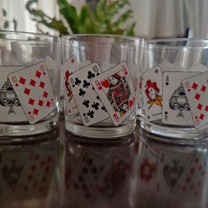 Ποτήρια με τραπουλόχαρτα