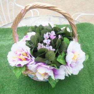 Πασχαλινό βαμμένο καλάθι ανθεκτικό, γερο γεμάτο από ψεύτικα λουλούδια- ανεμώνες, στολίζει τον χώρο σας. Το καλάθι έχει ύψος 27 εκατοστά και πλάτος 25 εκατοστά.