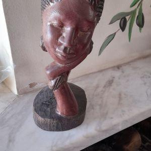 πρωσογραφια σε κοκκινο ξυλο απο Κενυα