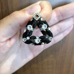 σκουλαρίκια τρυπητά χρυσό με μαύρο και διαμαντακια 5 ευρω