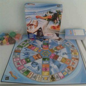 Παιχνίδια Hasbro Trivial Pursuit Οικογενειακή έκδοση