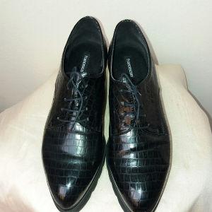 παπουτσια. n 40
