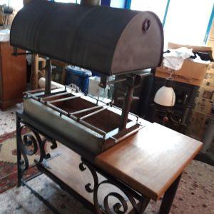 Κατασκευή  μπάρμπεκιου (ψησταριά)   με αποθηκευτικό  χώρο  για τα καρβουνα