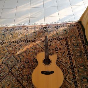 Πώληση ηλεκτρακουστικης κιθάρας Yamaha