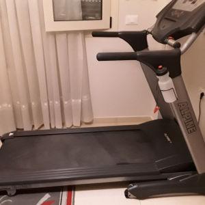 πωλειται διάδρομος γυμναστικής σε πολυ καλή κατάσταση    750ευρώ