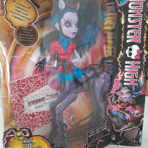 Monster High κούκλα Avea Trotter