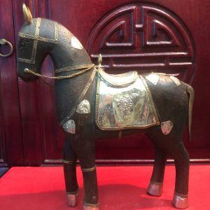 Αντίκα ξυλόγλυπτο χειροποίητο μασίφ άγαλμα αλόγου κοσμημένο με σκαλιστά φύλλα καθαρού μπρούντζου!