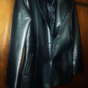 Μαύρο σακάκι μεσάτο