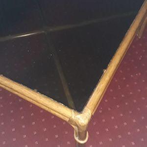 Τραπέζι για το σαλόνι
