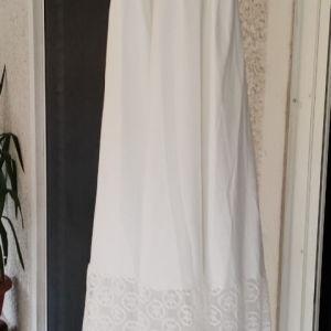10 ευρώ αφορετο υπέροχο αψεγαδιαστο φόρεμα που αγοράστηκε 14/9 37,50 ευρώ με την έκπτωση το άνοιγμα στη μέση μέχρι 46 π