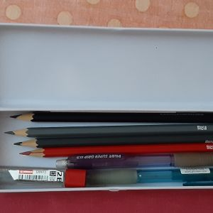 Στυλό & Ξυλομπογιές