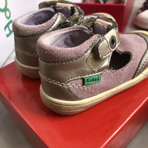 παπούτσια παιδικα kickers δερμάτινα νούμερο 22