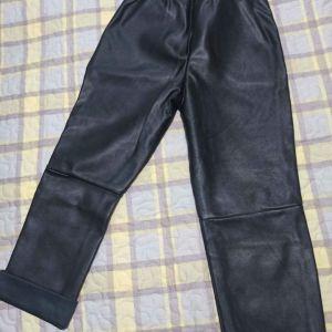 Δερμάτινο παντελόνι μαύρο για κοριτσάκι