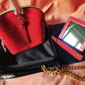 Vintage Estee Lauder  τσάντα θήκη καλλυντικών + κόκκινο τσαντάκι +καθρέφτη.