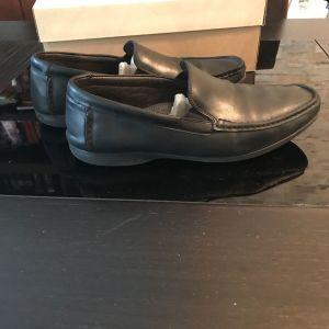 Παπούτσια CLARKS  νούμερο 46 σχεδόν καινούργια