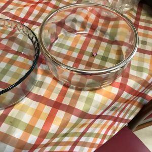 Καινουργια γυάλινα σκεύη (2) για όλες τις χρησεις