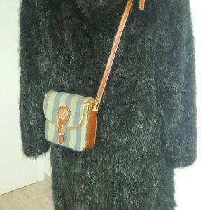 Μαύρο γούνινο παλτό βιζόν μονοκόμματο M-L μακρύ