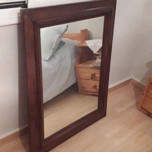 Καθρέφτης αντίκα 77×92 σε άριστη κατάσταση