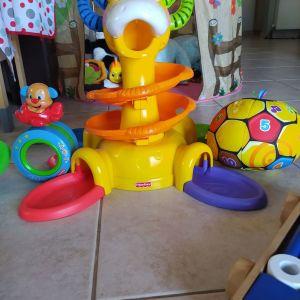 Fisher price βρεφικά παιχνίδια σε άριστη κατάσταση