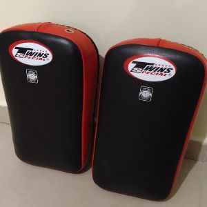 Twins Special - Kick Boxing pads