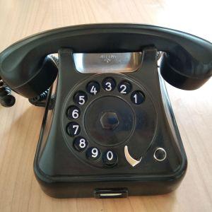 Μαύρο κλασσικό τηλέφωνο βακελίτη αντίκα