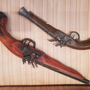 Διακοσμητικά ξύλινα πιστόλια