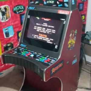 Arcade Καμπίνα με 10.000 παιχνίδια