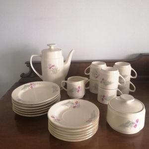 Πορσελάνινο σερβίτσιο για τσάι/γλυκο