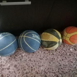 4 μπάλες μπασκετ.