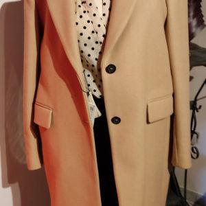 Ολοκαίνουριο μαλλινο παλτο γυναικείο  σε υπέροχη γραμμή και χρώμα!