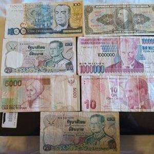 λοτ 7 ξενων χαρτονομισματων
