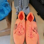 Αθλητικά παπούτσια και καλαμιδες