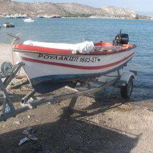 Argo-Hellas '10 4330 - Πλαστική βάρκα τύπου ΑΡΓΩ ΕΛΛΑΣ 4330 του 2010