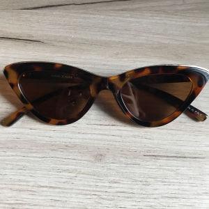 Γυαλιά ηλίου γνήσια