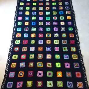 Πλεκτή Χειροποίητη Μάλλινη Κουβέρτα  - 'Granny Square' - Hand Knitted Wool Blanket