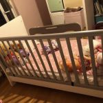 Παιδική κούνια-κρεβάτι