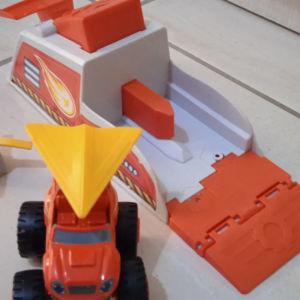 Blaze αυτοκινητάκι με εκτοξευτή