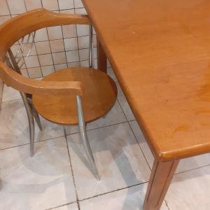 τραπεζι κουζινας με 4 καρεκλες