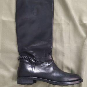 Hugo Boss μπότες No 41-42